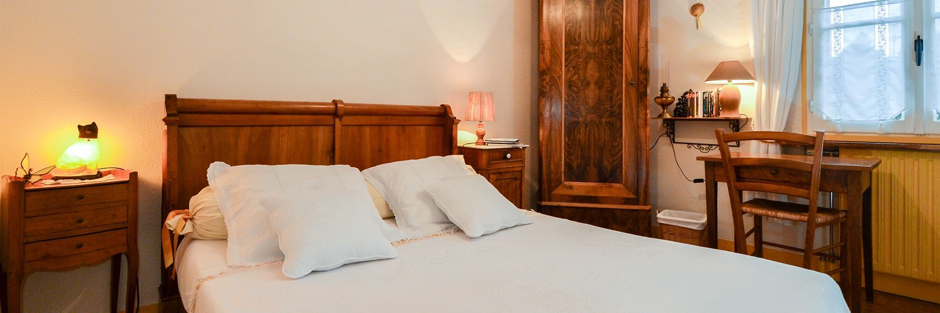 Bed Breakfast Guest House Chartres Les Convivhotes