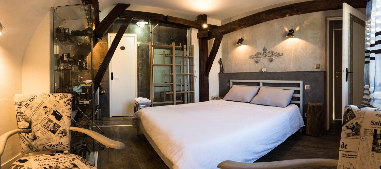 Loft Bedroom - Guest House Les ConvivHotes Chartres